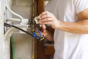 electrician - how to grow a small electrical business